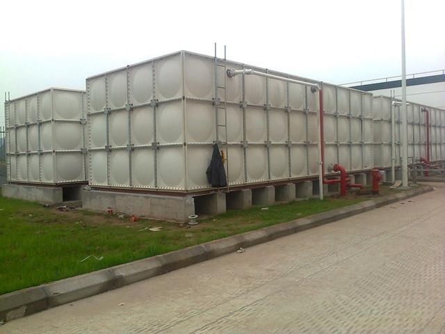 bo璃钢水箱