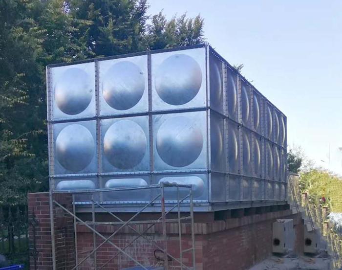 热镀锌钢板shui箱