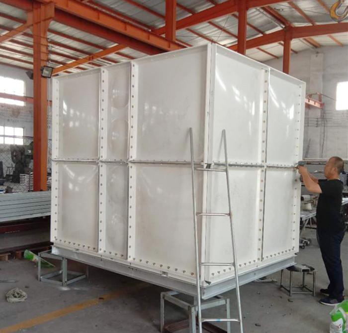 SMC玻璃钢水xiang